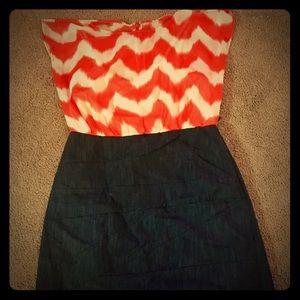 Dresses & Skirts - Chevron print dress
